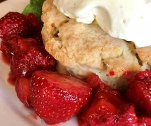 Strawberries that actually taste like strawberries?! Yes!! Thanks to local Mt Horeb growers.